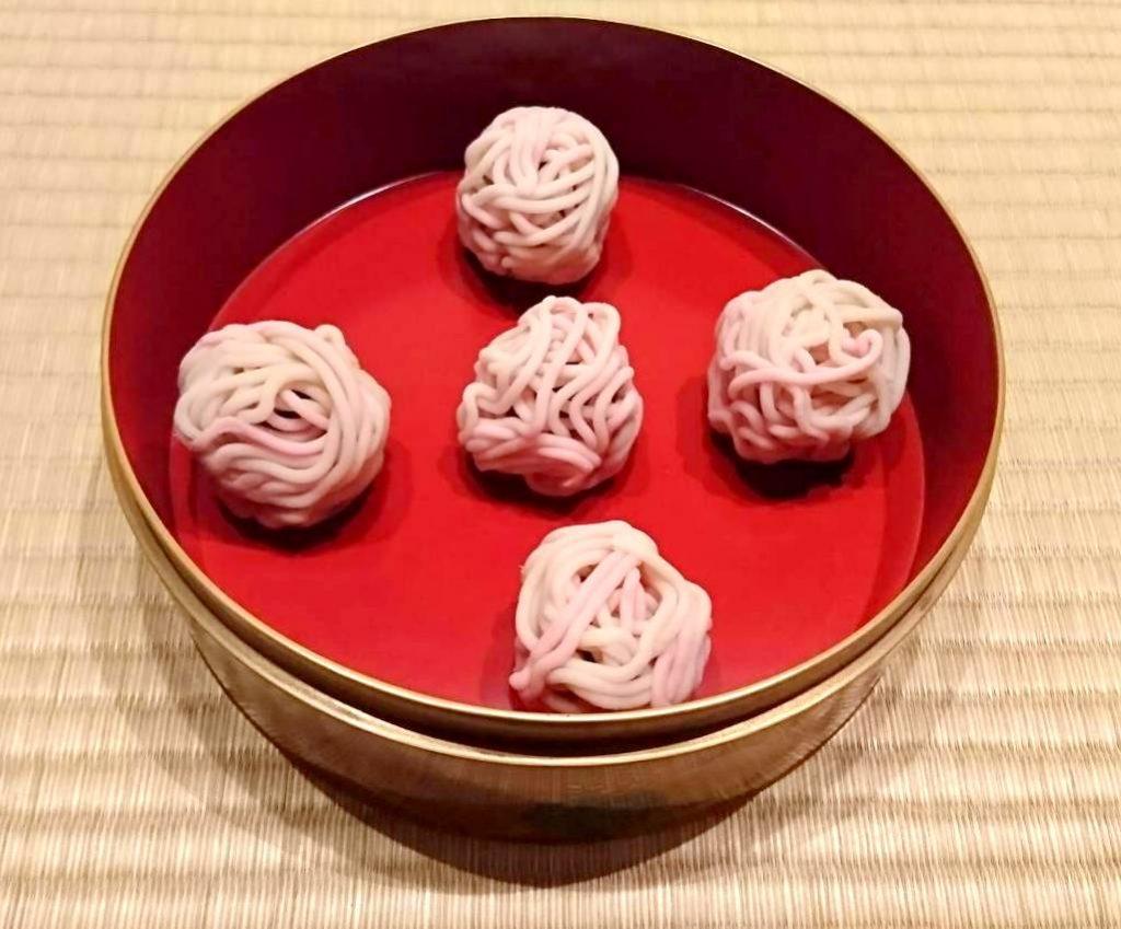 主菓子「千代の糸」